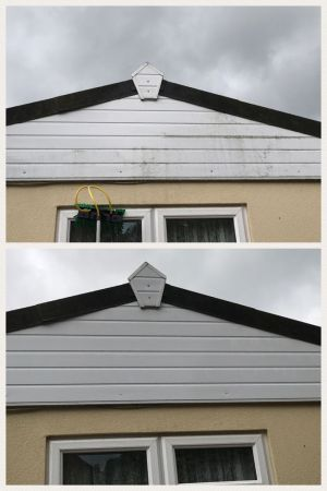Cladding Clean on Mobile Home in Greatham