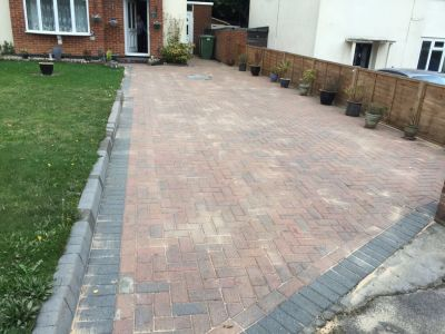 Driveway Cleaning - Complete after Re-Sand